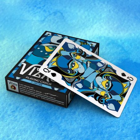 VIZAĜO Blue deck on blue background