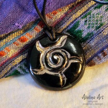 Sun Spiral pendant black with lustre