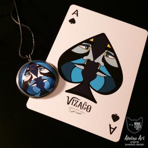 Ace of Spades 25mm pendant displayed with VIZAGO playing card