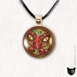 25mm fairy pendant in red and green colours